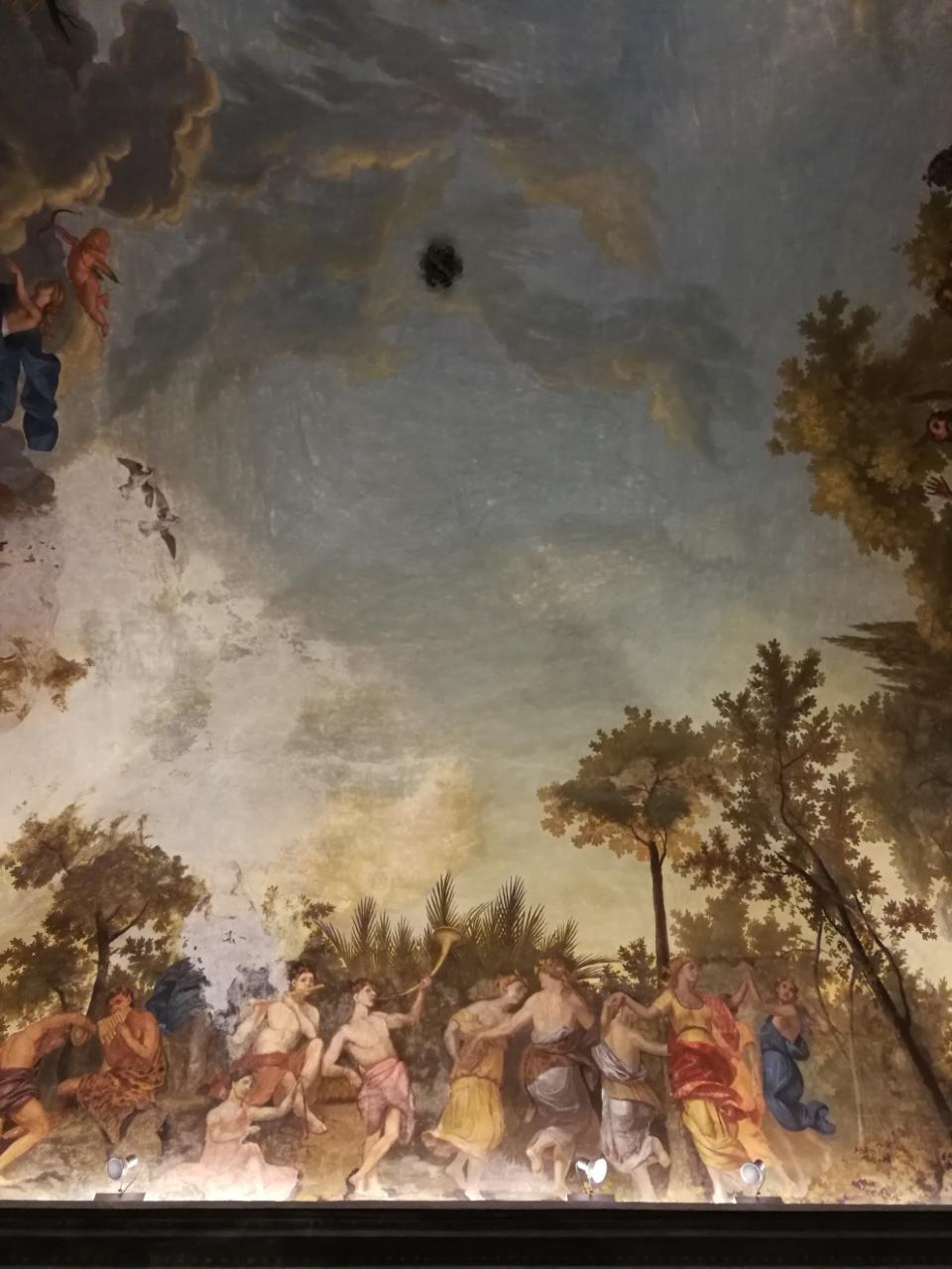 Palazzo Roverizio - Gli affreschi della sala - parte 2