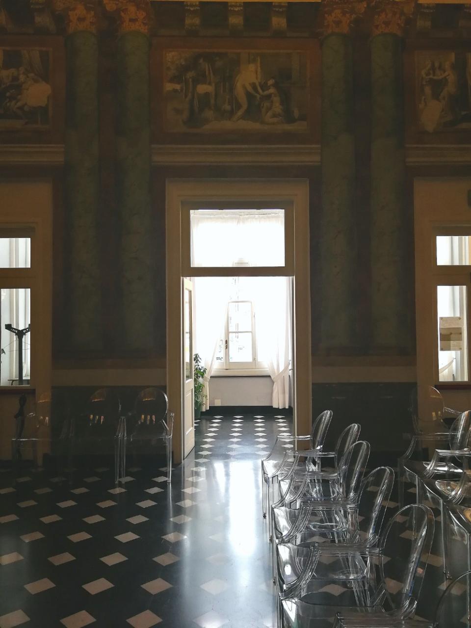 Palazzo Roverizio - L'attesa dell'arrivo dei graditi ospiti
